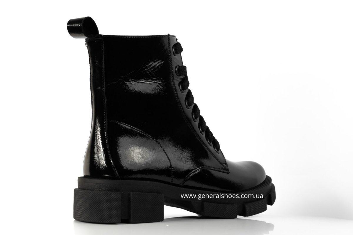 Женские ботинки кожаные лак 2021 черный фото 2