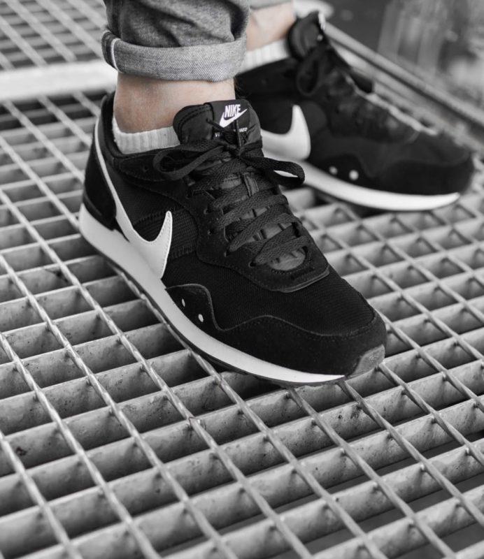 Кроссовки Nike Venture 1 (Оригинал) фото 2