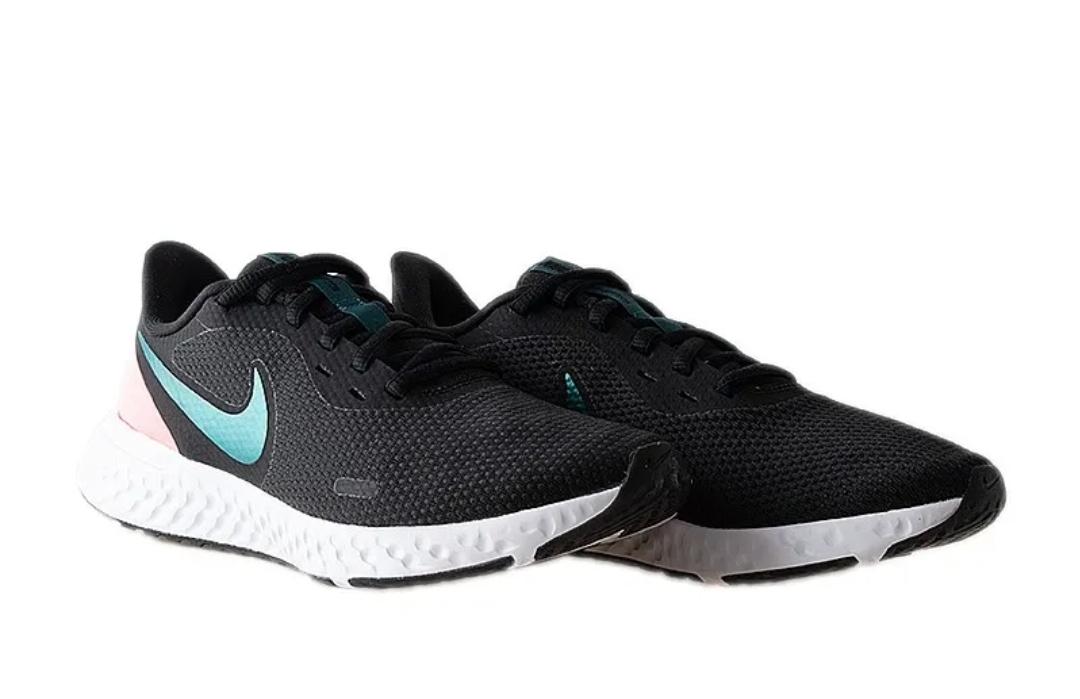 Кроссовки Nike WMNS REVOLUTION 5 фото 1