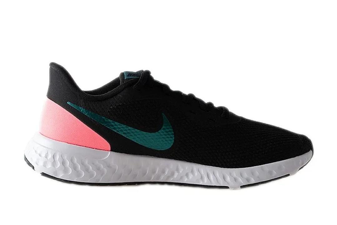 Кроссовки Nike WMNS REVOLUTION 5 фото 4