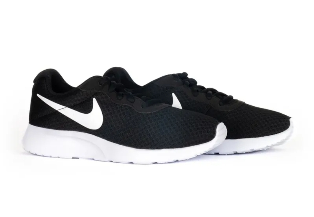 Кроссовки Nike WMNS TANJUN фото 1