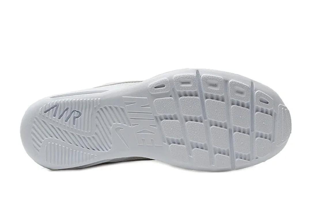 Кроссовки Nike WMNS AIR MAX OKETO фото 5