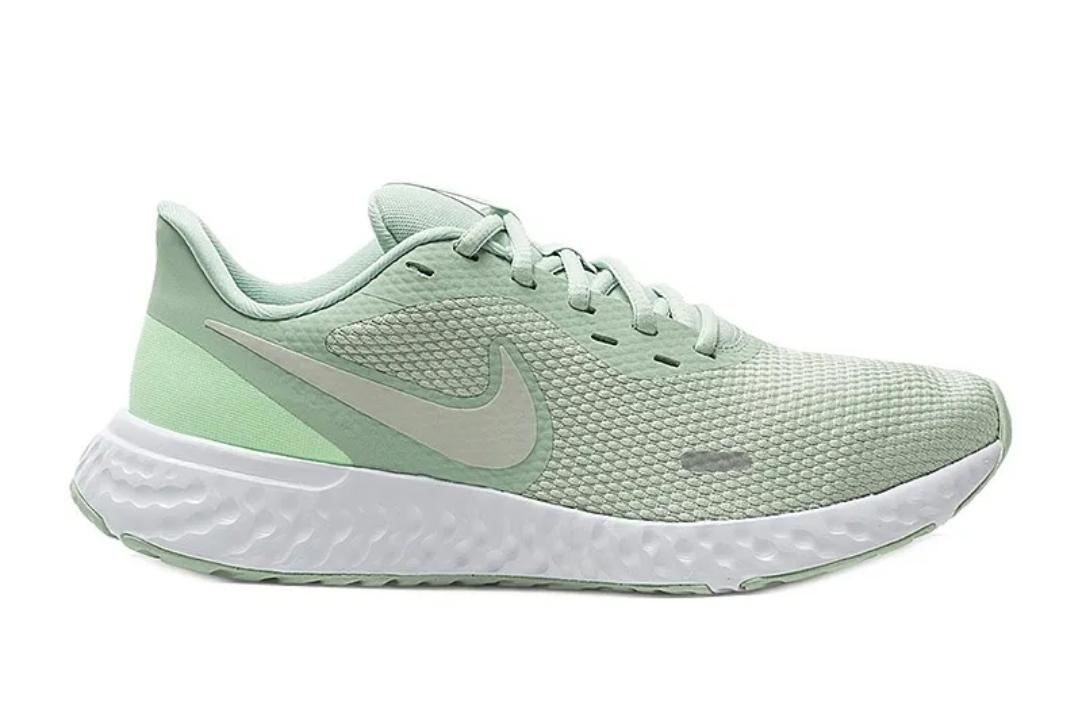 Кроссовки W Nike Revolution 5 фото 3